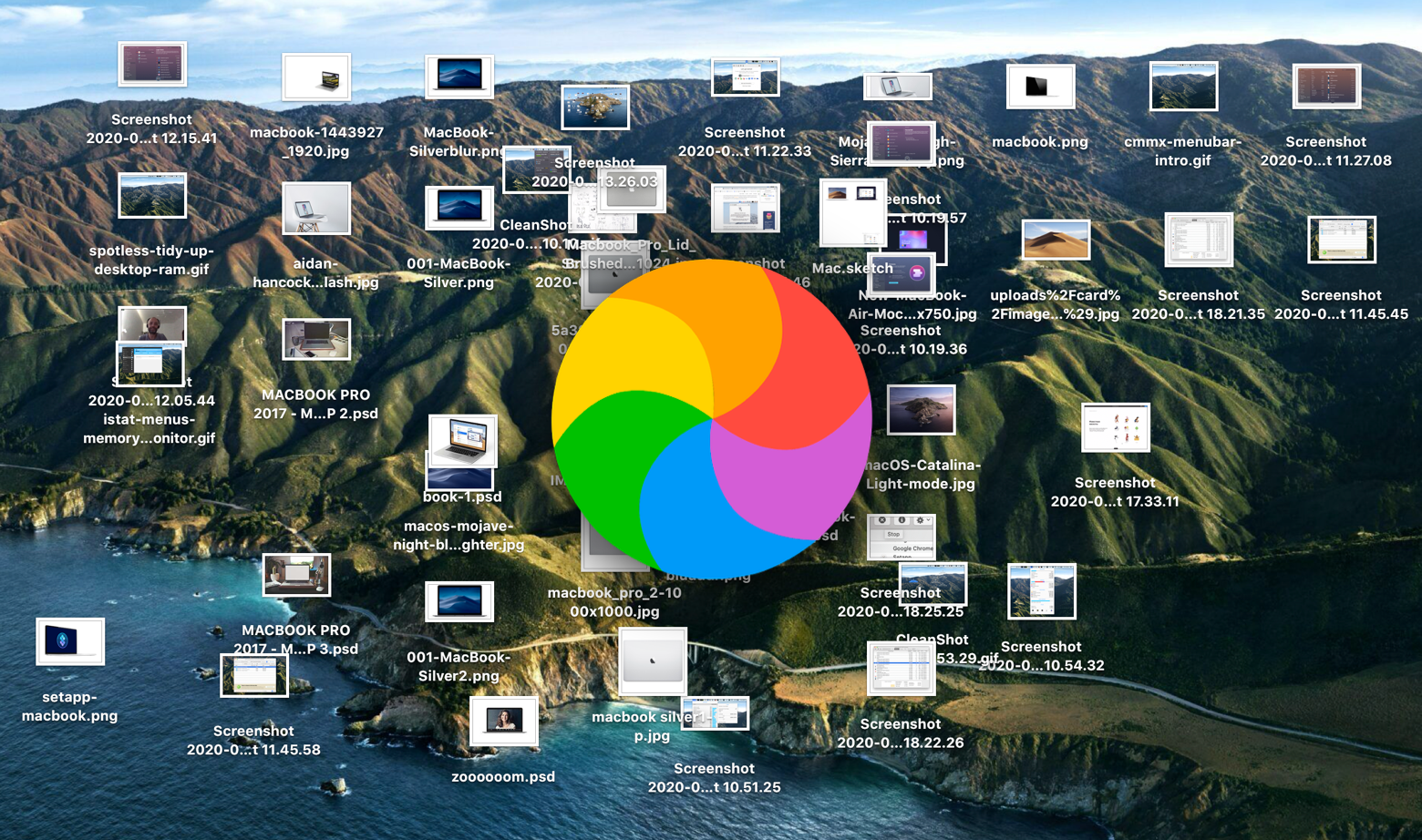 Cluttered desktop with too much junk